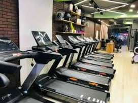 Exercise cycle and cross trainer
