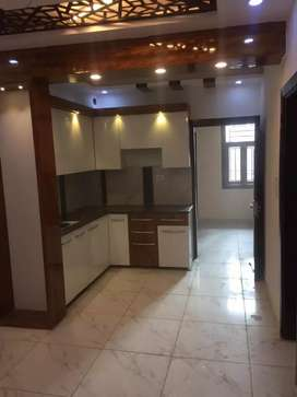 Best price 1st floor avalilable 2bhk metro distance 1km nwada