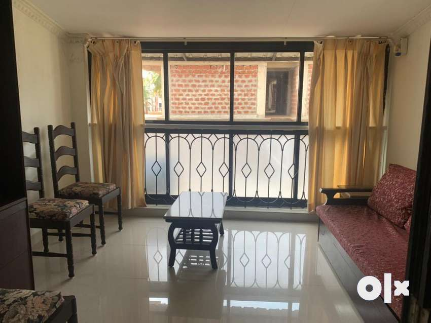 Spacious 1bedroom and 1 mini bedroom  2 bathrooms  fully furnished 0