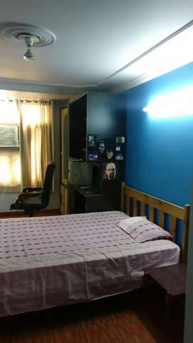 Executive class sharing PG Room for working male