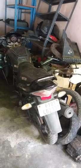 Ready to Honda unicorn 150 cc black colour single handed.
