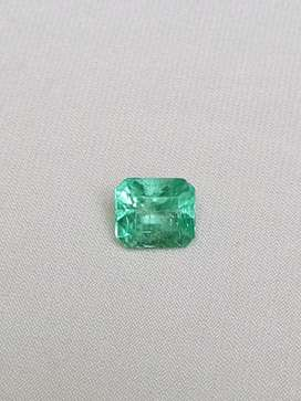 FGL Certified Clean,Neon Glow,Moderate Oil 2.72 Cts EMERALD Colombia