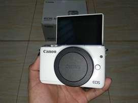 Canon Eos M10 Lengkap Mulus
