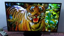 Samsung 32 inch led TV for sale