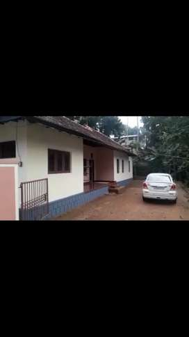 3bhk old type good maintained house at kanjikuzhy