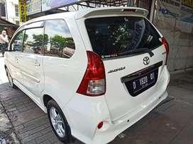 Toyota Avanza Veloz 1,5 cc manual putih hga 115 jt MLS pisan