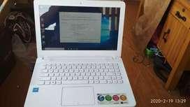 Laptop ASUS X441S