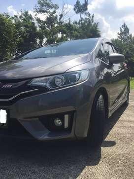 Dijual Honda Jazz 1.5 RS A/T 2017 (low km dan pajak panjang)