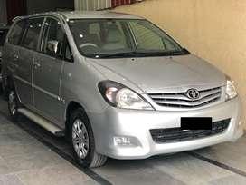 Toyota Innova 2.0 GX 8 STR, 2011, Diesel