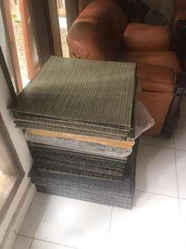 Jual cepat harga korona Karpet ex kantor bahan tile borongan
