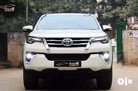 Toyota Fortuner 2.5 Sportivo 4x2 Automatic, 2017, Diesel