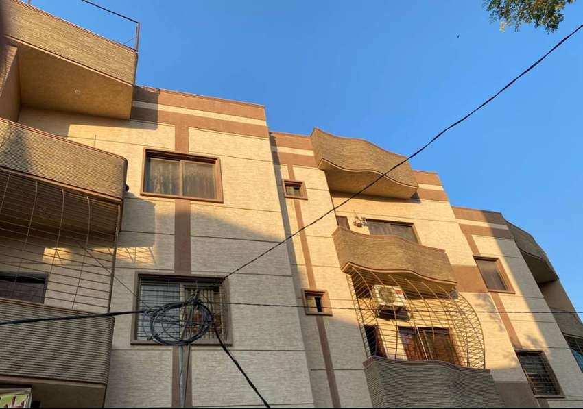 Brand New 4 Bed D/D 2nd Floor Portion With Rooftop West Open 0