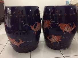Sepasang Kursi Keramik Cina Blau Raja