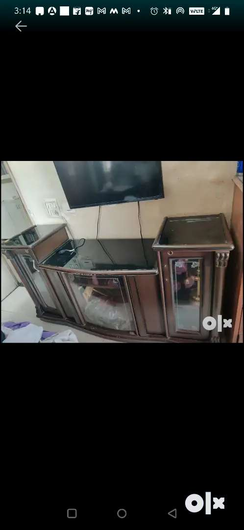 TV Unit wooden- in good condition