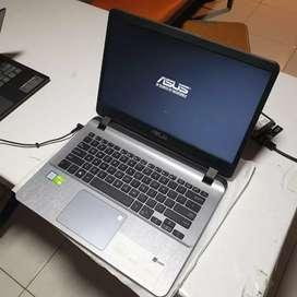 Laptop asus A407UF Mulus Baru Pake 3 Bulan