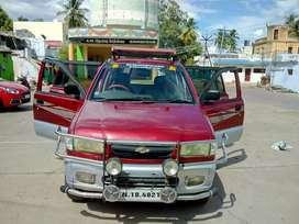 Power steering, center A/C, good interior, reverse camera, digital TV,