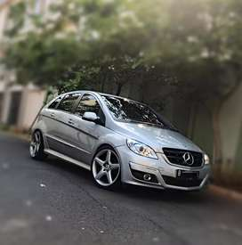 Mercedes benz B 180 pemakaian 2012.. AMG style.. Low miles..