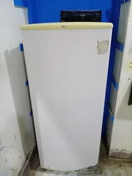 Lg fridge selling