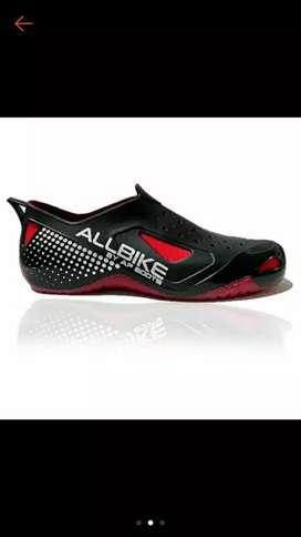 Sepatu bout pendek allbike
