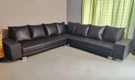 Sofa (brown)
