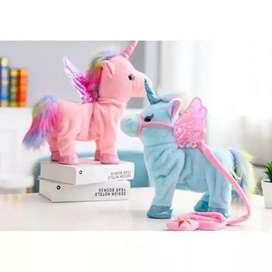 Boneka unicorn bisa jalan