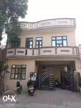Three room set in Shivalik Nagar