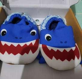 Sepatu pepita pepito baby shark