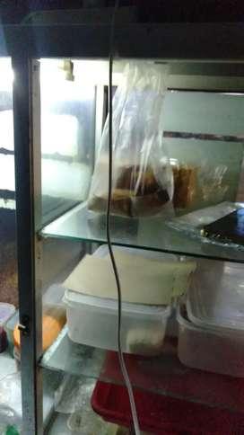 Lowongan Penjaga warung pisang coklat dan Roti bakar