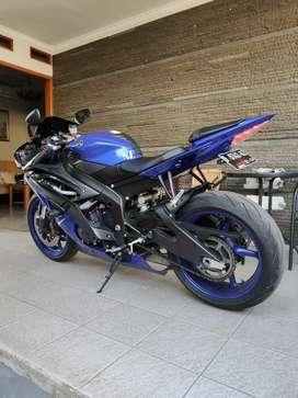Yamaha R6 2016 ex youtuber Blue Race street triple cbr 1100 z800 795