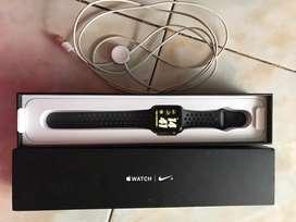 Dijual Apple Watch Series 2 NIKE+ 42mm ex iBox