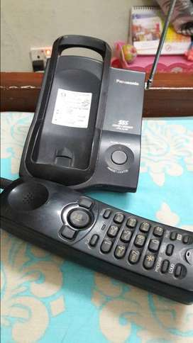 Panasonic KX-TC 2100 BX Cordless Phone & Base Station Very.Good Cond