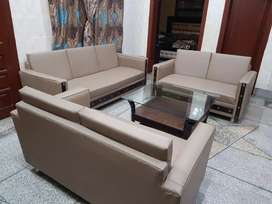 4 months used Sofa set along with 3×3 table for sale