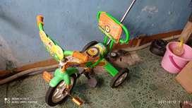 Sepeda roda 3 merk Alfrex