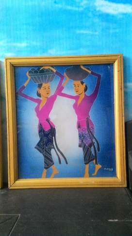 lukisan 2 gadis dibingkai kaca lawas