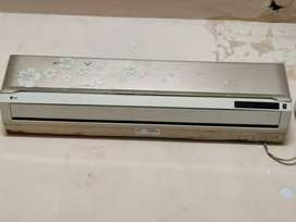 LG 1.5 ton SPLIT AC FOR SALE FOR 9000