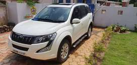 XUV 500 W10 2017 MODEL.A very well condition car.