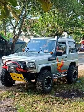 Taft independent istimewa 4WD
