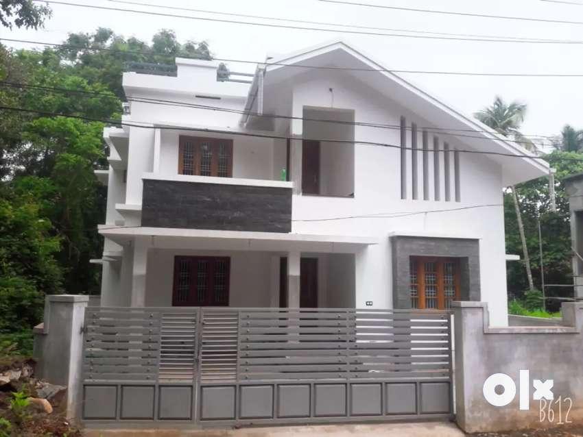 Kunduparamba  2150 sqft 4 bhk new house 0