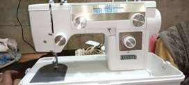 Janome sewing and zigzag machine with warranty and delivery