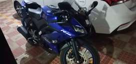 6200 EMI Yamaha R15 brand new used for 4 months