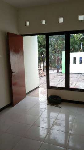 Dijual Rumah Baru Renov di Kahuripan Nirwana, Sidoarjo
