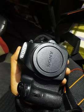 SONY A58 Camera with lence