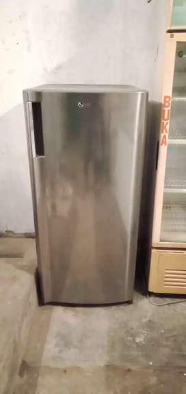 Kulkas LG 1 pintu 170 liter Mulus