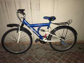 Light weight sports bicycle like new