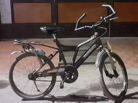A cycle is available for 6 - 10 years child at reasonable price