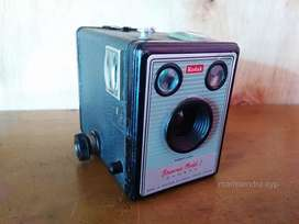 Kamera kodax kuno Made in England.