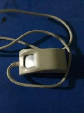 Startek thumb machine