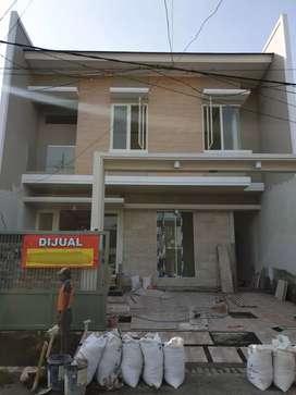 Rumah baru sutorejo dekat mulyosari surabaya