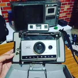 Kamera jadul antik POLAROID 320 hanya display