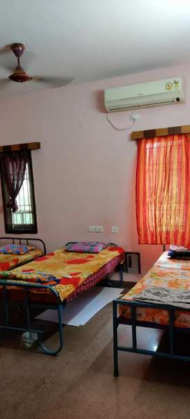 RSD PG & service apartments for working mens hostel